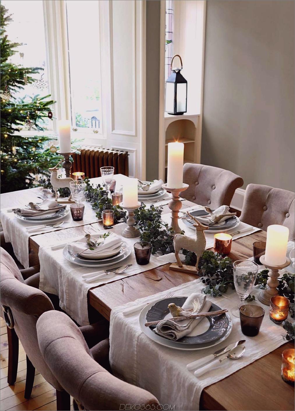 Girlande auf Tisch 11 Weihnachtsgirlanden, die absolut Ziele sind