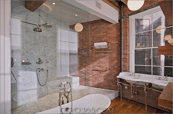 Badezimmer aus rotem Backstein