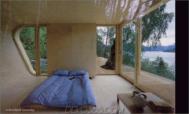 15-tiny-gateway-holiday-cabin-designs-2b.jpg