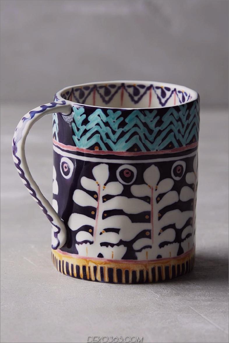 dunkelblaue und weiße Design-Tasse 17 Einzigartige Kaffeetassen für Ihre Herbstkollektion