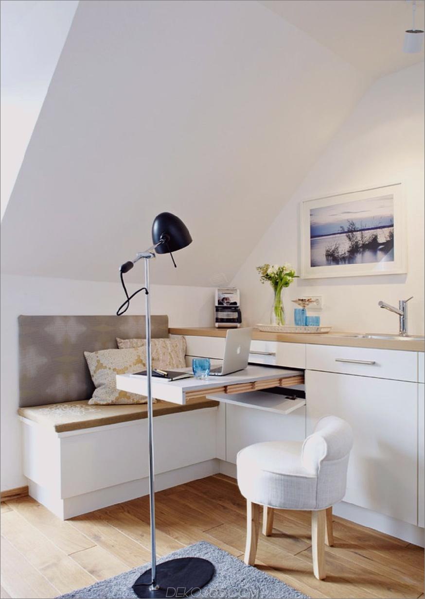 Dieser Schreibtisch zieht sich aus einer Schublade heraus. 18 Doppelmöbel für Ihr Zuhause