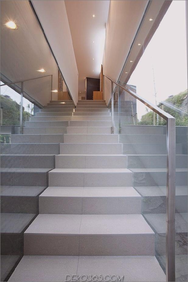2-Ebenen-Home-Pool-Vorsprünge-Klippe-14-Treppenhaus.jpg