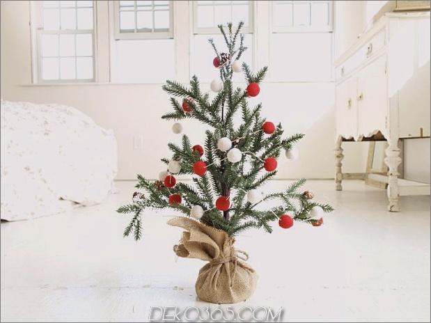 21-Tisch-Größe-Weihnachtsbäume-zum-Setzen der Feiertagsstimmung 8.jpg