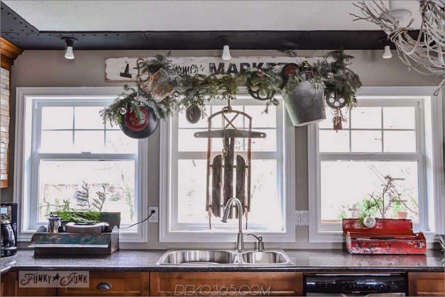 23 Möglichkeiten, Ihre Küche für die Feiertage zu dekorieren_5c590f51cbb53.jpg