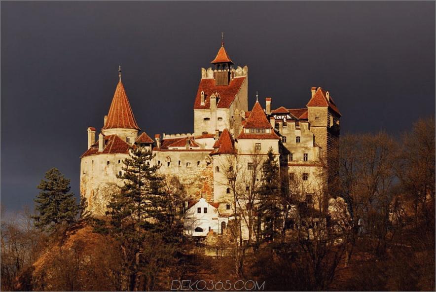 Bran Castle in Romania 900x602 25 beste Orte, um Halloween zu feiern