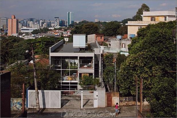 3-stöckige-Wand-Bücher-erstellt-Privatsphäre-Zeitgenössisches-Zuhause-4-Site.jpg