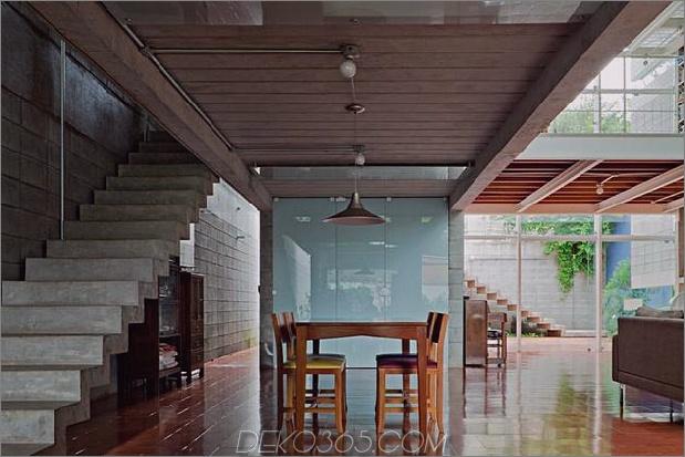 3-stöckige-Wand-Bücher-schafft-Privatsphäre-zeitgenössisch-home -8-dining.jpg