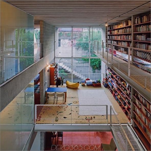 3-stöckige-Wand-Bücher-schafft-Privatsphäre-zeitgenössisch-home -10-street-view.jpg