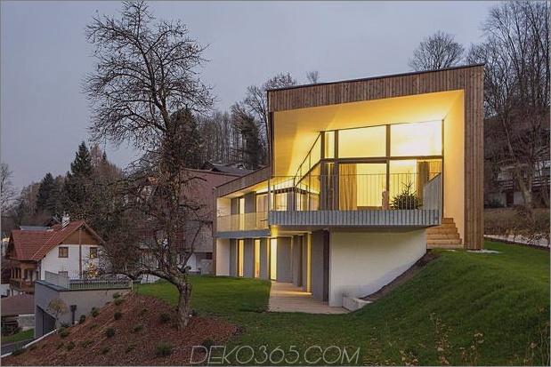 3-stöckiges Haus mit steiler Steigung Grasüberdachte Garage 1 Äußerer Daumen 630xauto 39281 3-stöckiges Haus auf steiler Hanglage mit überdachtem Gras