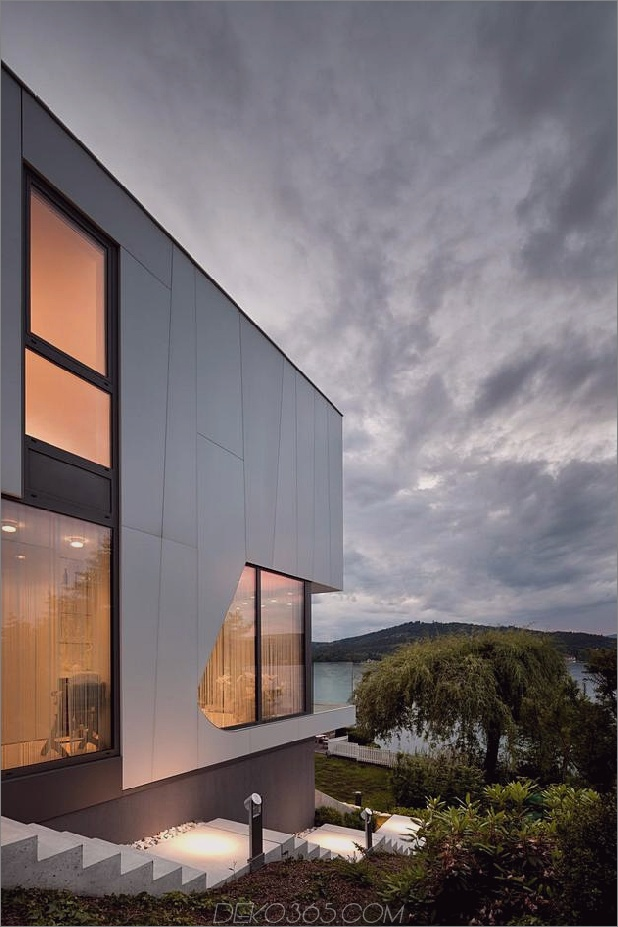 3-stöckiges-Haus-Zusatz-Vorteil-Dockside-Ansichten-15-Fassade-Dämmerung.jpg