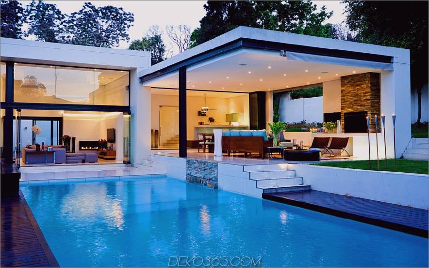 Zeitgenössisches Hausdesign mit Pool
