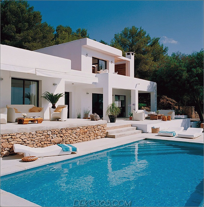 Poolhaus im mediterranen Stil