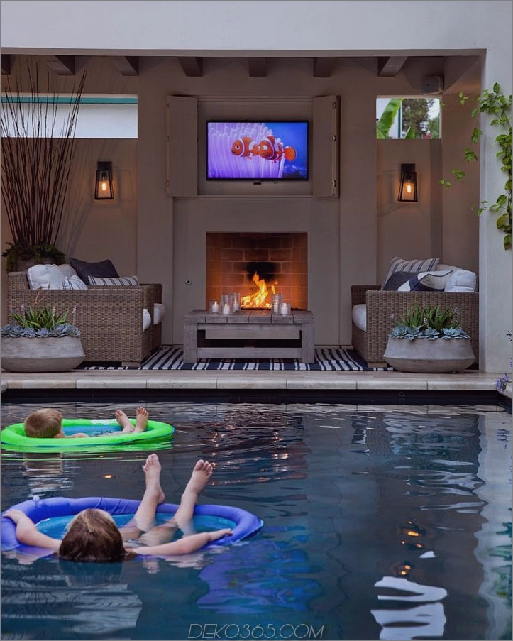 Poolhaus mit TV für faule Sommertage