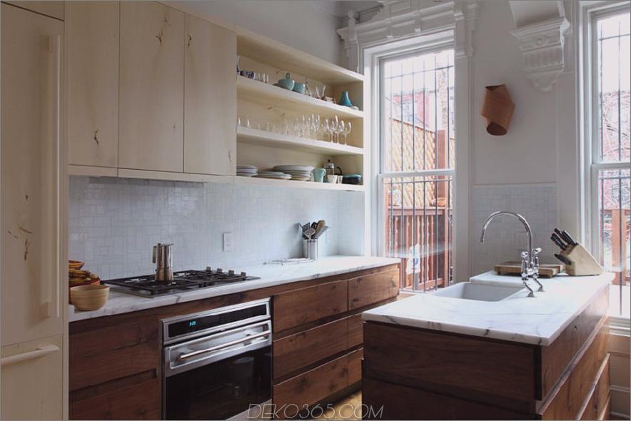 zweifarbige-küchenschränke-blau-modern-küche-mit-walnuss-schränken