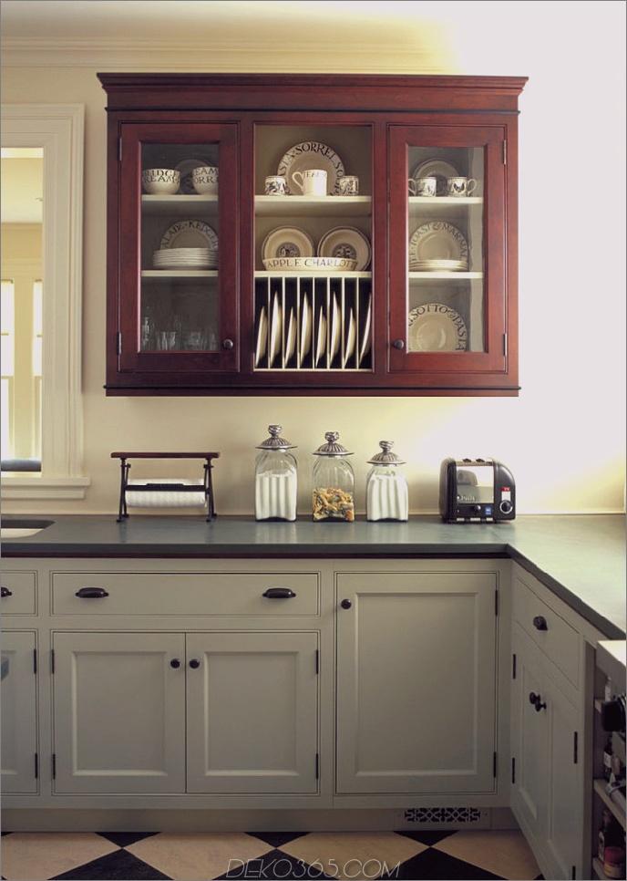 Einbau-Küchenschränke-Kosten-traditionelle-Küche-mit-zweifarbigen Schränke-700x984