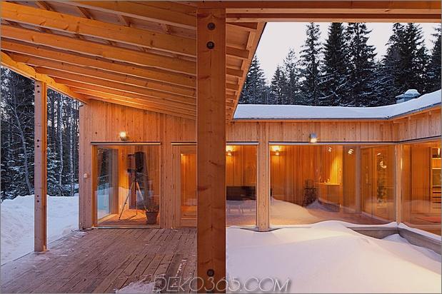 4-Jahreszeiten-Holzhütte-von-Single-Schreiner-8-Gehweg-Platz gebaut.jpg