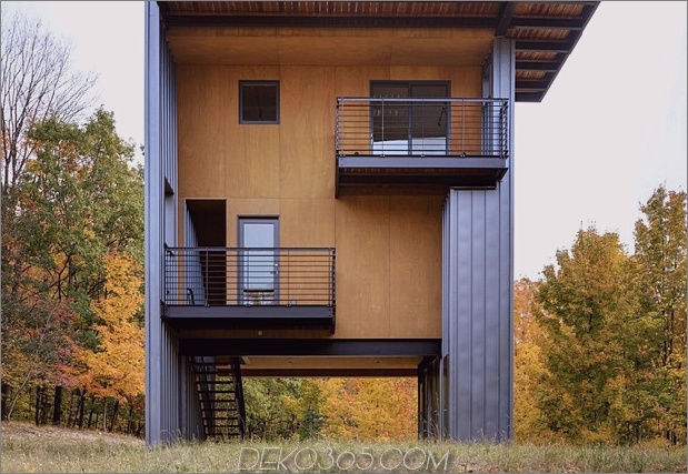 hohes modernes Haus am See mit herrlichem Blick 2 untere Ebenen thumb 630xauto 45679 4-stöckiges, hohes Haus erreicht den See über dem Wald