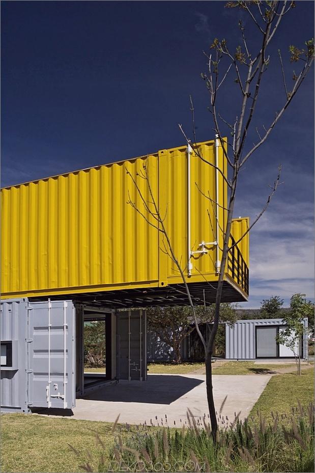 5-Haus-4-Versand-Container-1-Gäste.jpg