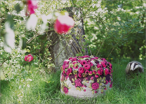 myk-pompom-pouf-roses.jpg