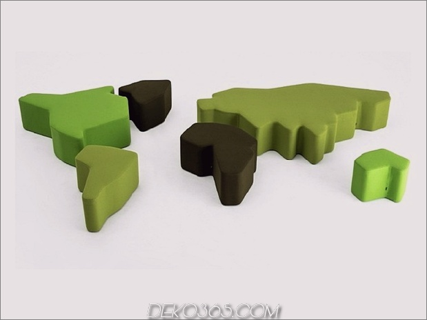 poufs-for-modern-world-map.jpg