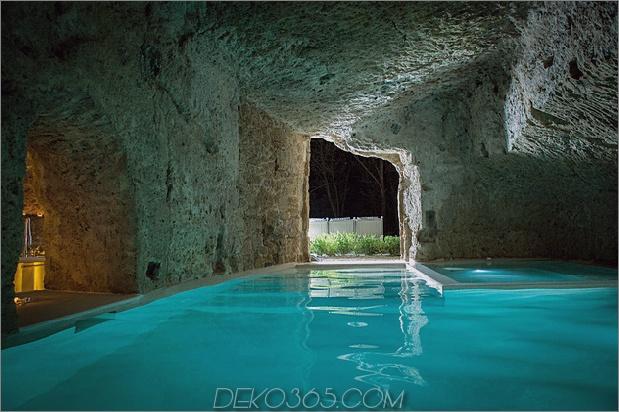 Awesome-Höhle-Pools aus dem 14. Jahrhundert-Reno-Studio-F-2.jpg