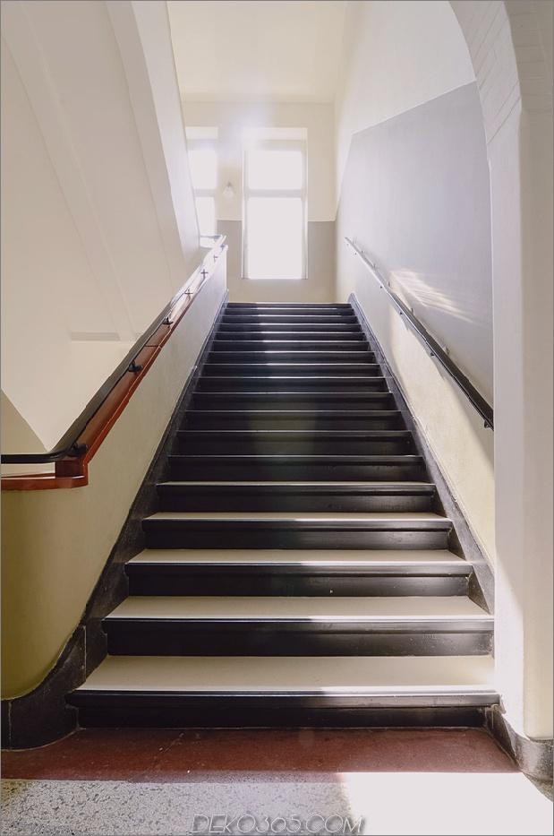 altschulhaus in amsterdam-weite treppen.jpg