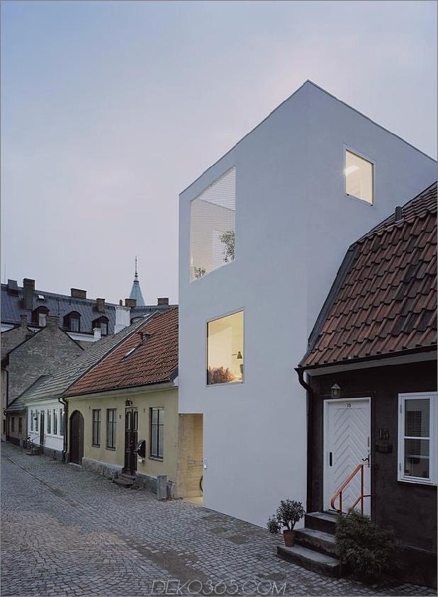weißes-stadthaus-mit-offen-interieur-freistehend-office-4-corner-right.jpg