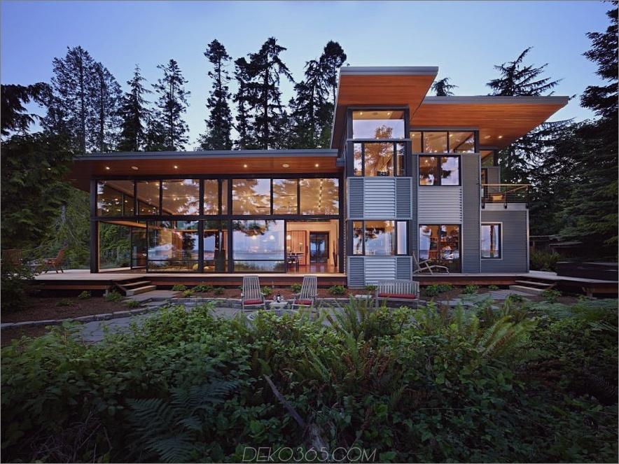 Metallisches und Glas modernes Haus