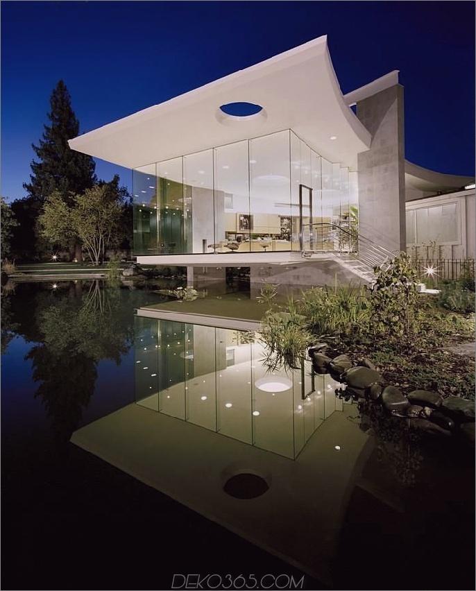 Atelier am See mit Glasfassade