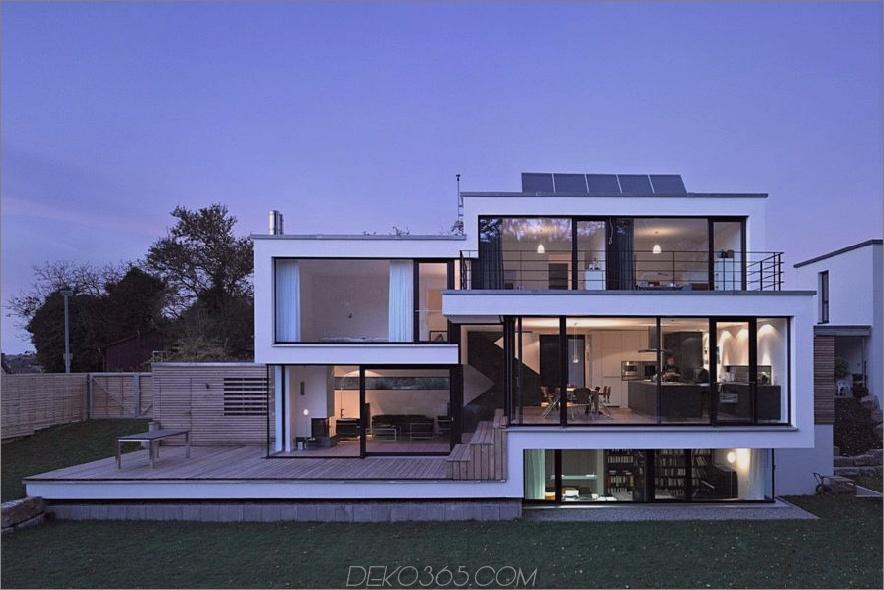 Haus Zochental mit eren Fenstern