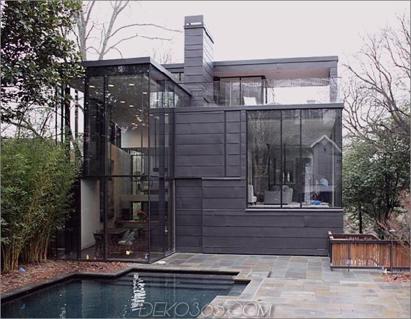 Waldschwarzes Glashaus