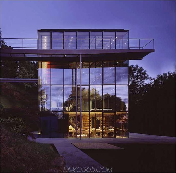 Modernes Glasdekor