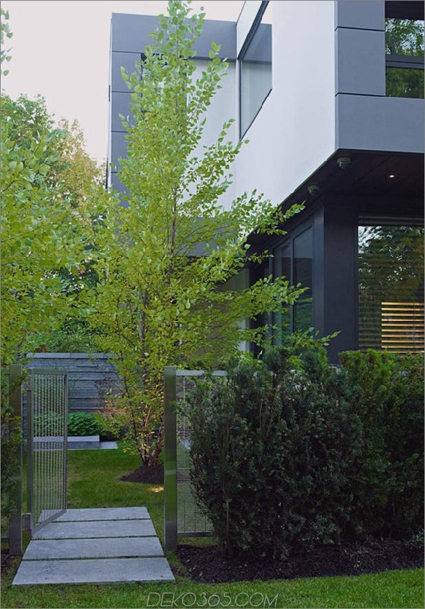 Atemberaubendes Haus in Toronto mit einem Arty-Treppenhaus und einem bequemen Büro_5c5990330901c.jpg