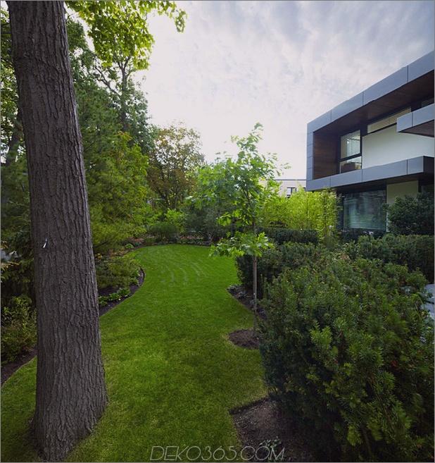 atemberaubende Details-große-Freiflächen definieren Toronto-home-30-frontyard.jpg