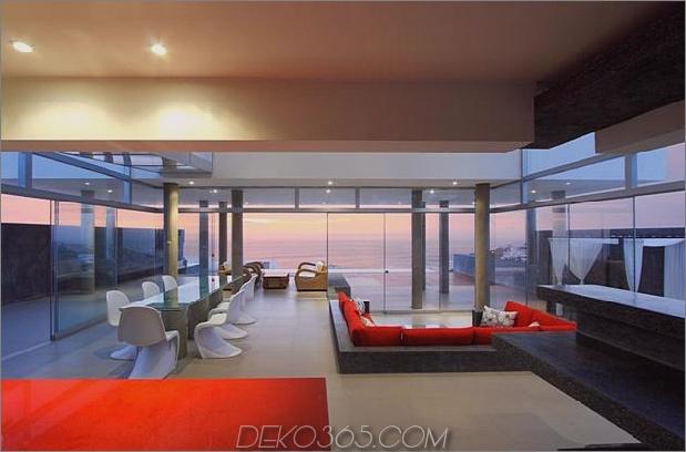 atemberaubend-ultramodern-Strandhaus-mit-Glas-Wände-9-Wohnzimmer-gerade.jpg