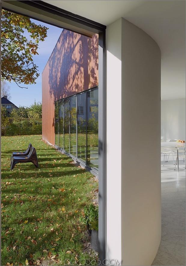 schwedisch-schwedisch-familienheim-mit-farben-inspiriert-buch-11-view-out.jpg