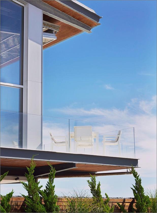 bbs-panel-home-poolside-terrace-border-beach-3-deck.jpg