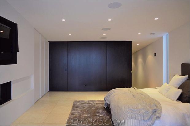 bbs-panel-home-poolside-terrace-border-beach-15-bed-closet.jpg