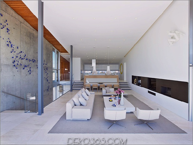 bbs-panel-home-poolside-terrace-border-beach-18-dining.jpg