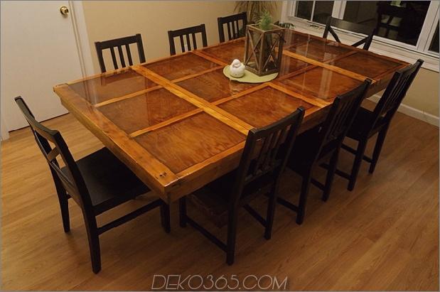 nachhaltige-home-decor-upcycled-recycelte-möbel-garagentore tisch.jpg