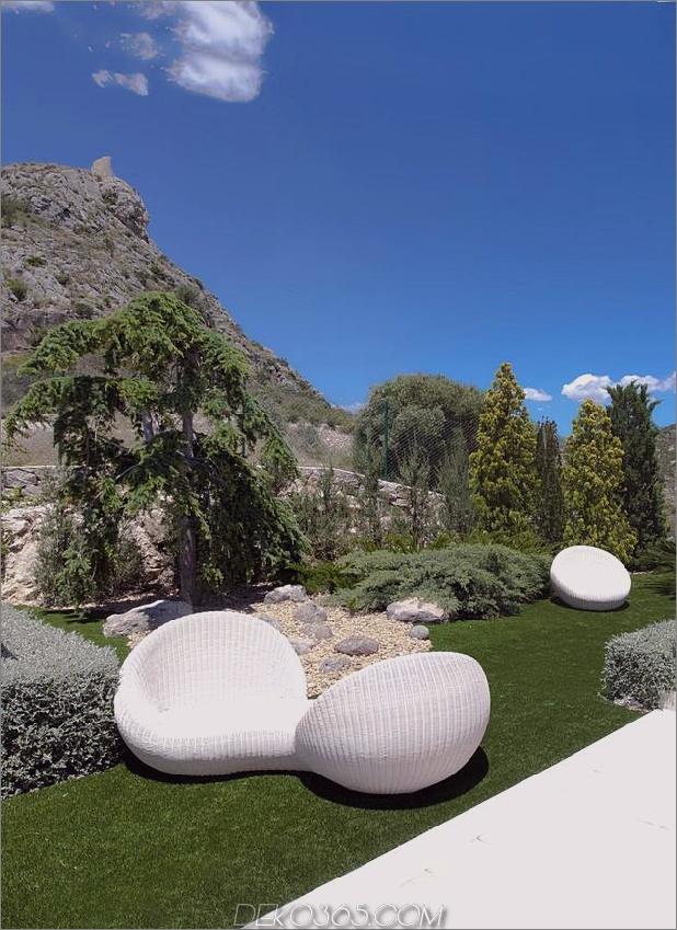 Beton-Haus-2nd-Level-Pool-360-Grad-Ansichten-10-Garten.jpg