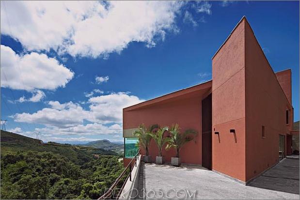 skulpturales Beton-Haus-gebaut auf einem steilen Hang-7.jpg