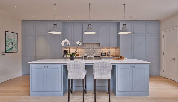 Blaue Lackfarben für ein schickes Upgrade in Ihrer Küche_5c58ba58c00da.jpg