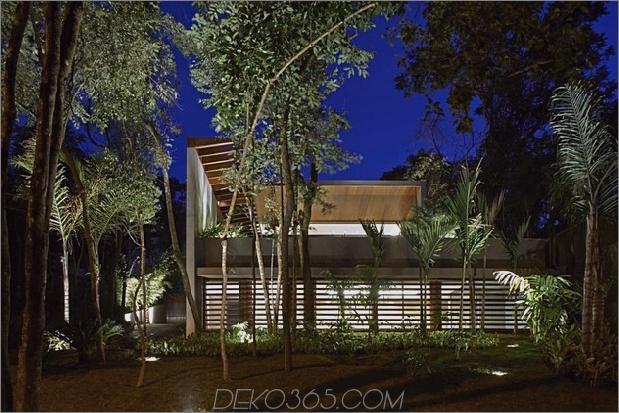 Brasilien-Haus-mit-Luxus-Garten-und-Outdoor-Living-Layout-20.jpg