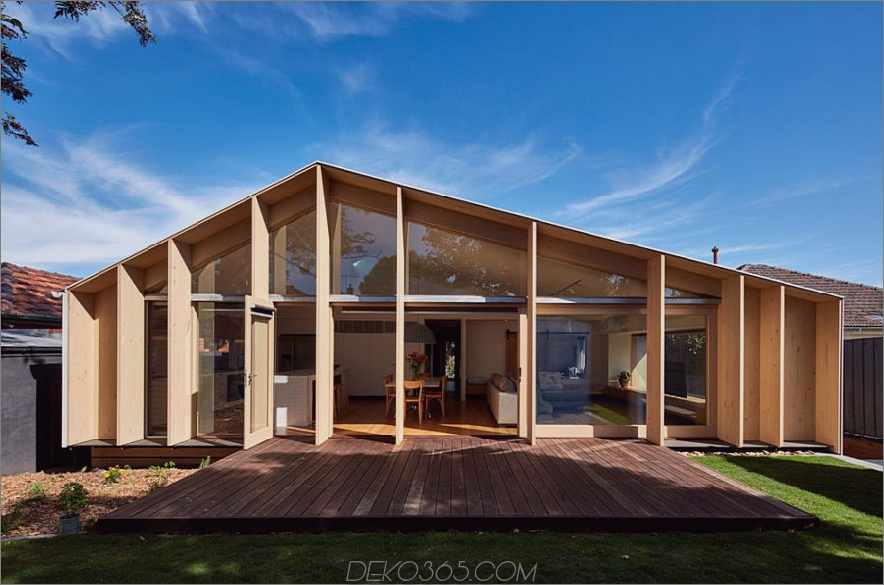 Lehnen Sie sich an House 900x595 Breezy And Cool 1960er Jahre Hauserweiterung in Melbourne