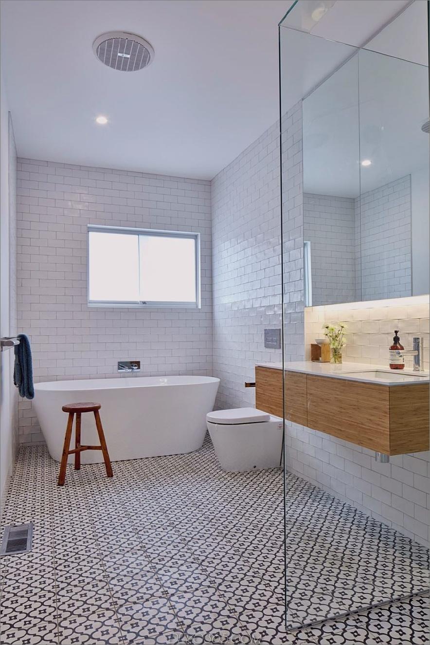 Ein einfaches modernistisches Bad wirkt fast skandinavisch