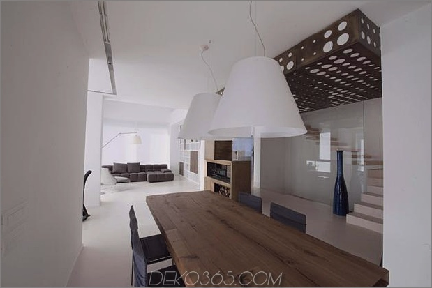 brüniert-messing-kamin-minimalist-home-10.JPG