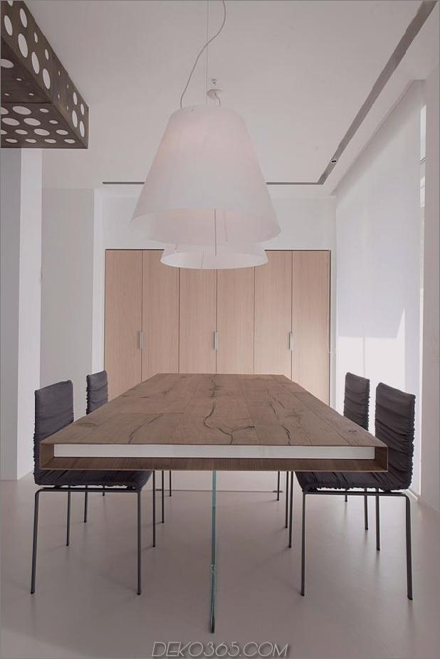 Brünierter Messingkaminfokus des minimalistischen Hauses_5c58f9001cb26.jpg