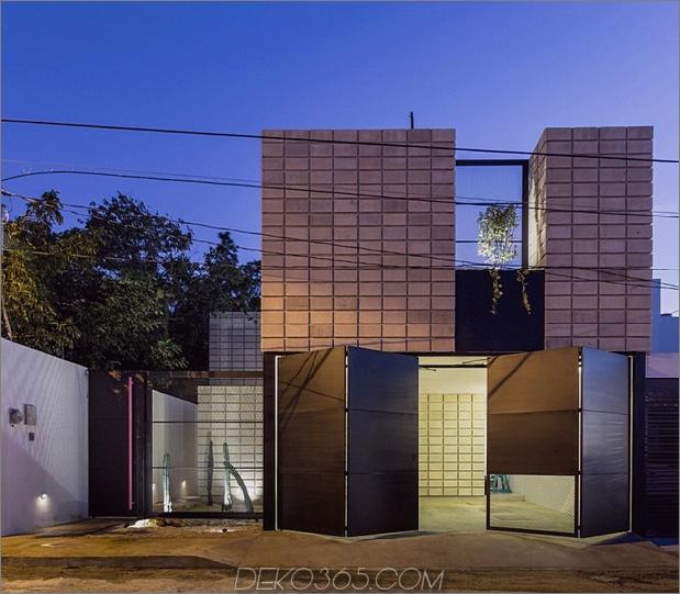 1 c-förmiger Betonblock für zu Hause Schwimmbad Innenhof thumb 630xauto 67024 C Formbetonblock zu Hause umschließt den Pool-Innenhof