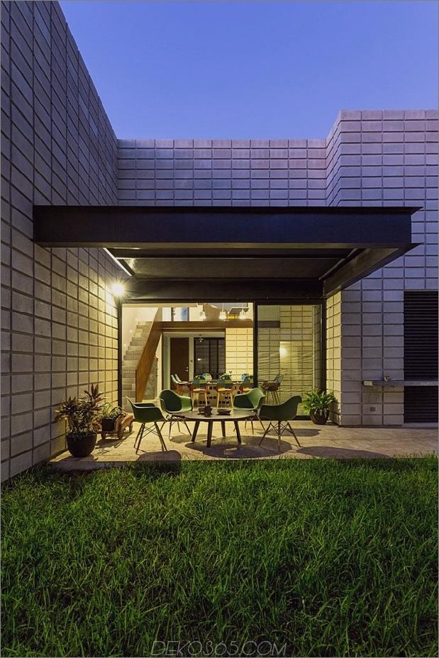 11-c-förmiger Betonblock-Haus-Schwimmbad-Hof.jpg